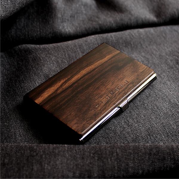 オリジナリティ(個性)を印象付けられる木製名刺入れ